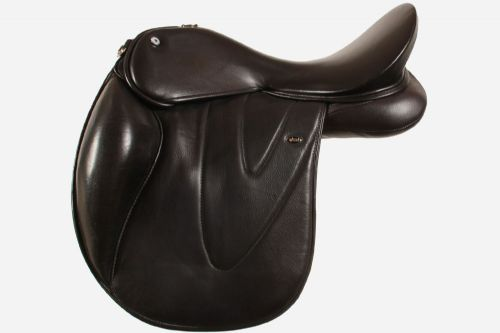 17 Inch Very Slightly Dressage Saddle With Very Slightly Dressage Fixed Blocks